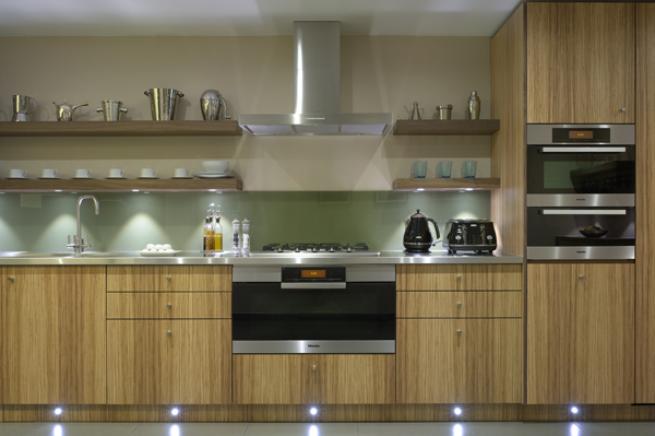 Roundhouse design bespoke british kitchens furniture for Kitchen ideas zebrano